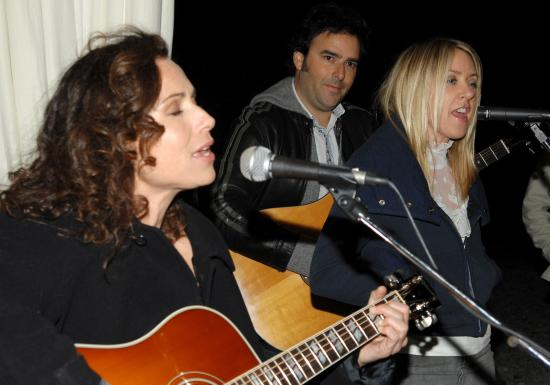 Minnie Driver and Liz Phair perform at Esquire House 360 in Beverly Hills for the Annual Cocktail Party for Oxfam, November 29, 2006 -- J. Sciulli / WireImage