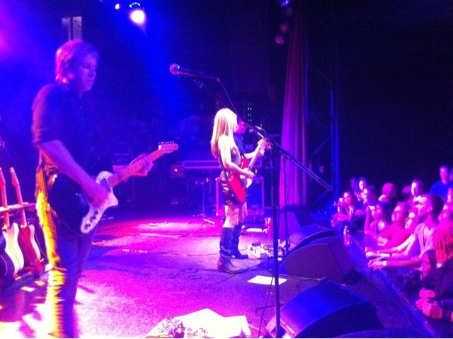 Liz Phair at the El Rey Theatre in Los Angeles, CA (Photo credit: John Cusack)